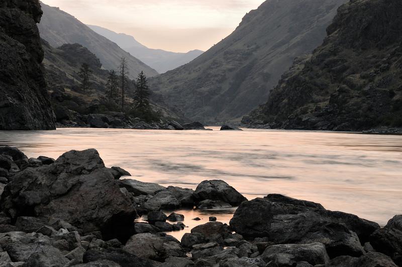 Morning, Yreka, Snake River