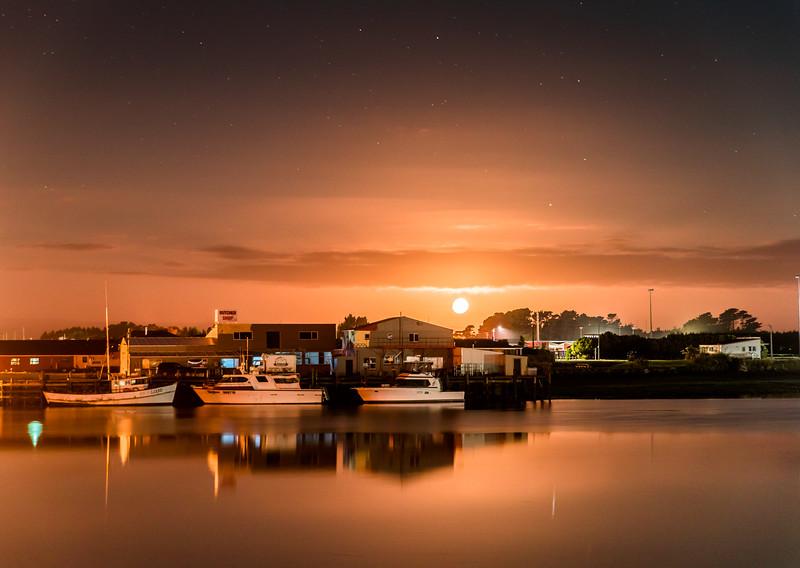 Moonrise over Riverton