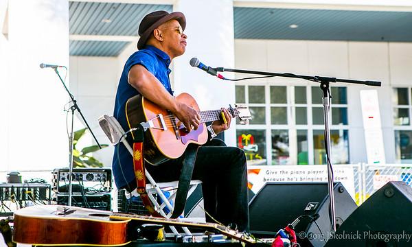 Guy Davis at Riverwalk Blues Fest 2015