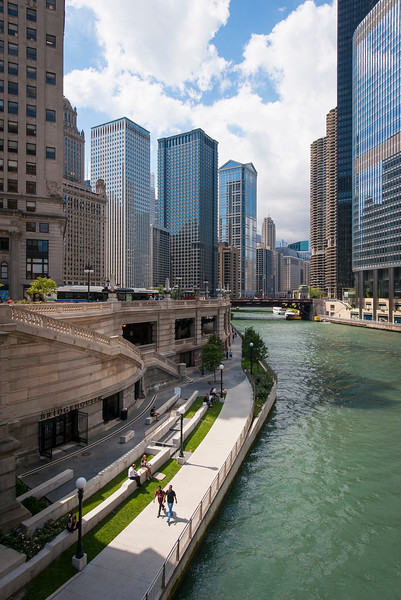 Chicago River riverwalk walkers walking riverfront summer
