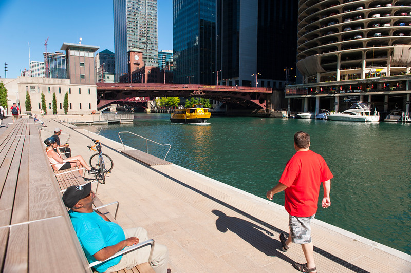 Stock photos of the Riverwalk Marina section between State Street and Dearborn Street