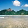Praia de Dois Rios na Ilha Grande