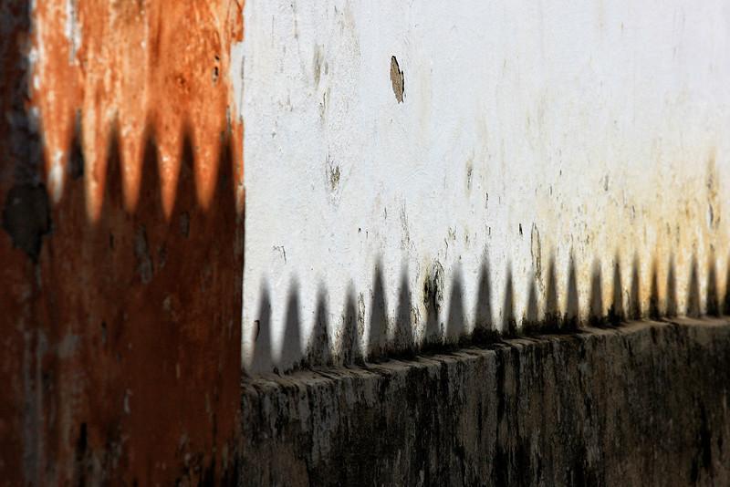 Na Sombra da Igreja
