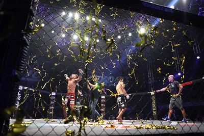 Jo Nam-Jin celebrates his victory!