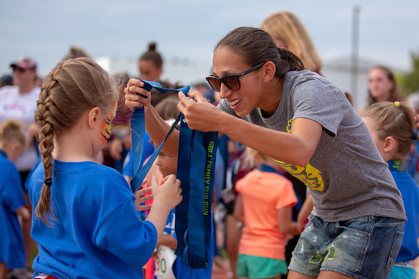 Des Linden - All - 2018 Falmouth Road Race and Mile