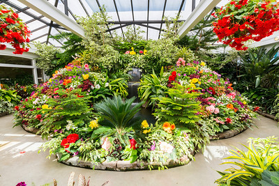 Show Greenhouse. Butchart Gardens - Brentwood Bay, BC, Canada