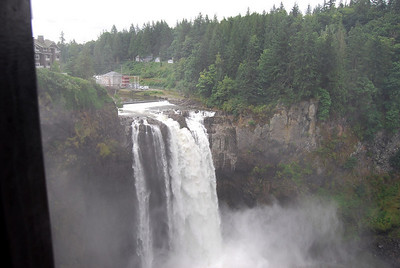 2008, Aug 21 and 22:  Snoqualamie Falls and Mt. St. Helens