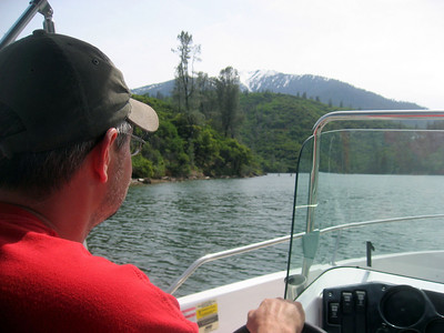 Cruising Trinity Lake