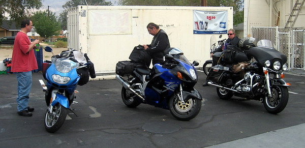 Fuel stop and break in Lone Pine, CA
