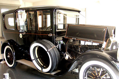 1909 Pierce Arrow at the Woodrow Wilson Museum in Staunton. The car was his presidential limousine during his tenure as president and he loved it so much that he purchased it from the US government afterwards.
