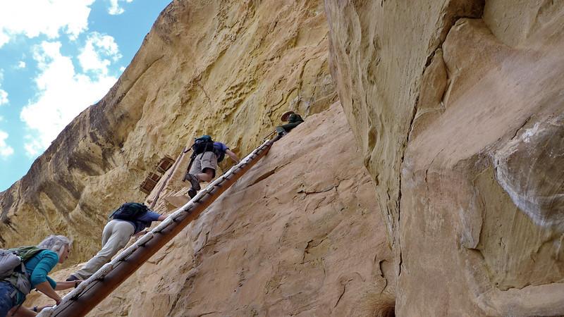 Climbing to Balcony House
