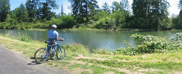 Columbia River Kayak B 227