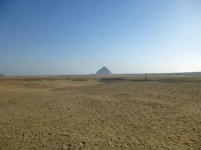 04 Bent-Red Pyramids 025