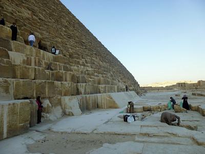 06 Giza Pyramids & Sphinx 035