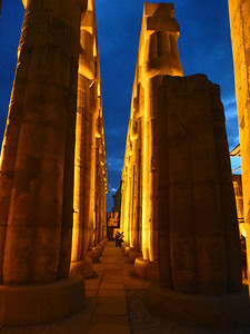 17 Luxor at Night 276