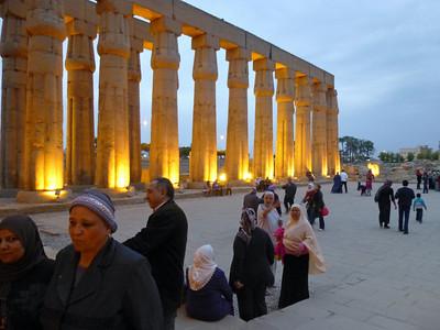 17 Luxor at Night 271