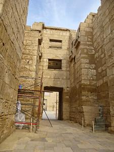 19 Habu Temple 286