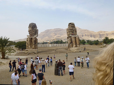 22 Colossi of Memnon 328