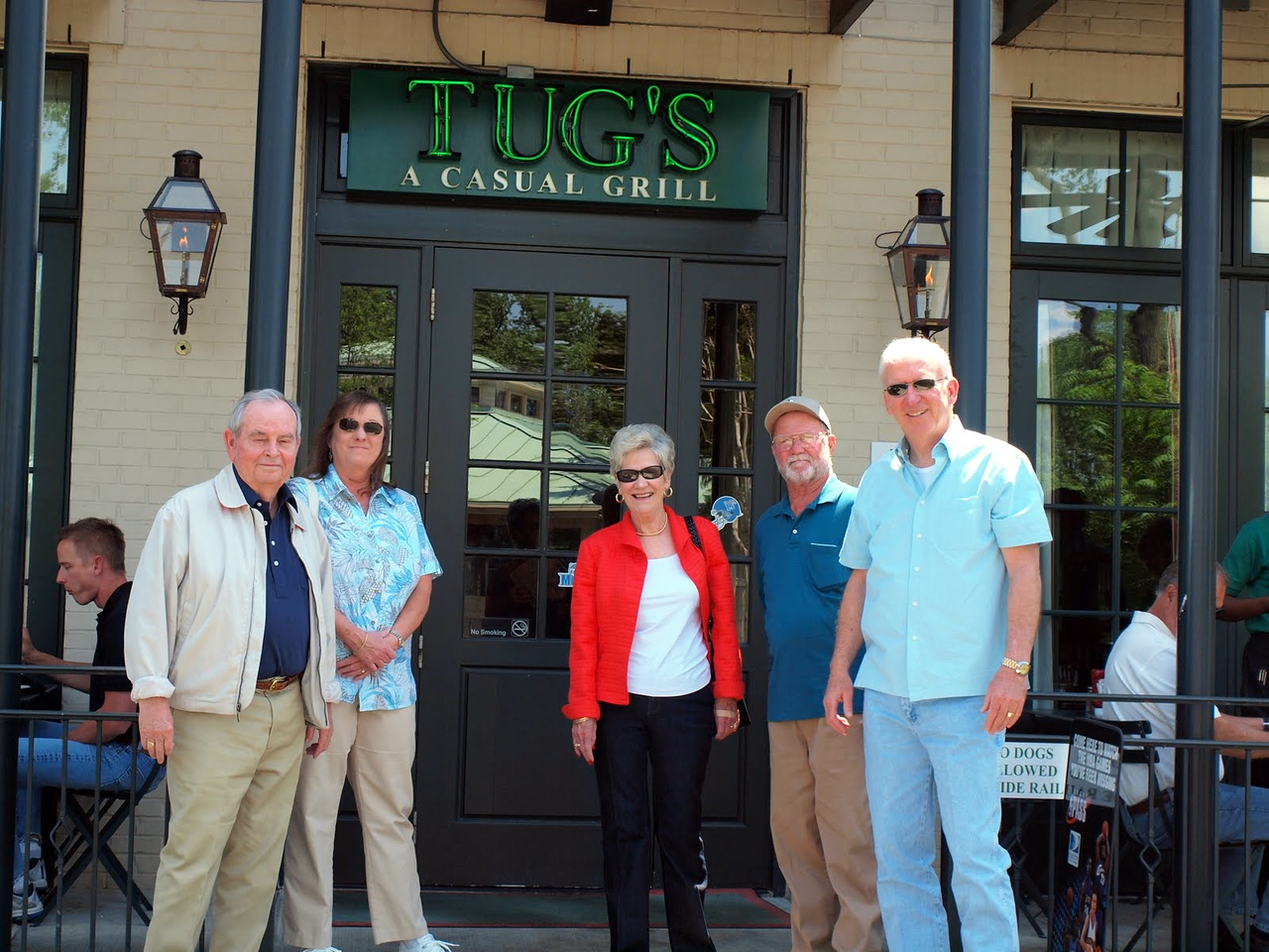 Here we all are outside of Tugs, where we had a great lunch