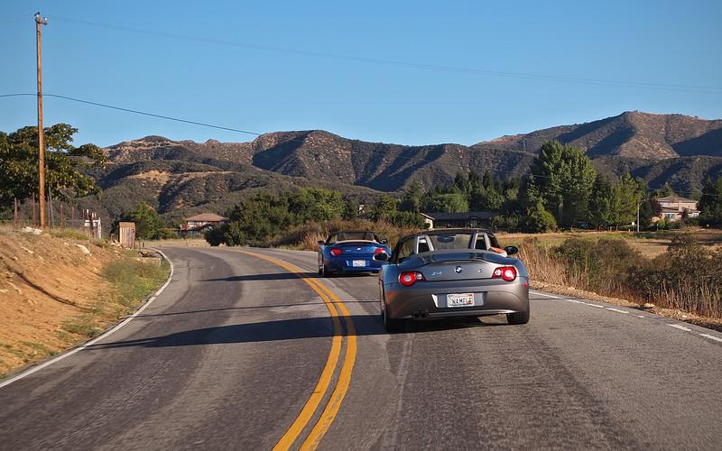 Starting up the hill to Oak Glen - 30 Sept 2012