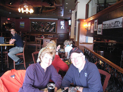 Linda and Mike - Lunch at the Sticky Wicket Pub in Victoria