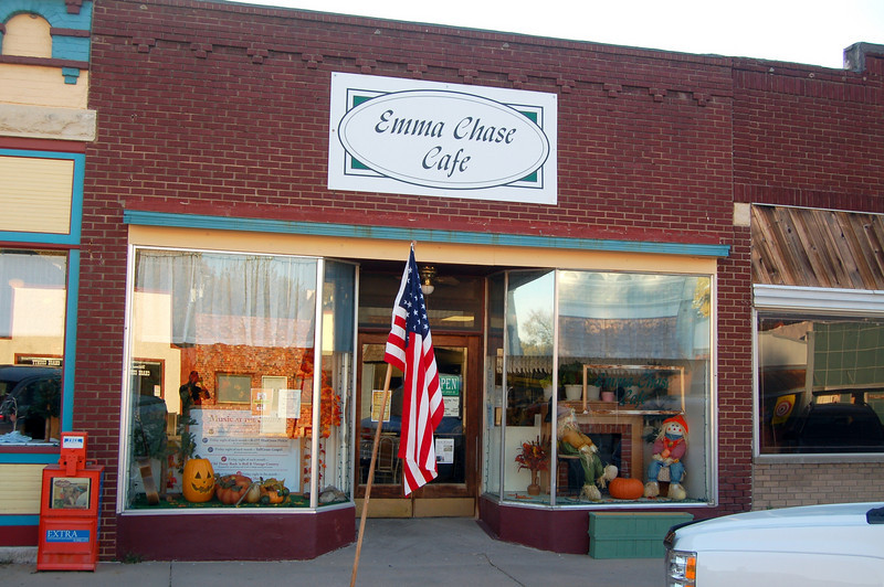 """No visit to Cottonwood Falls is complete without stopping by to eat at the Emma. <br /> <br /> Sue, the proprietor, opened the Emma early one night to accommodate our group.<br /> <br /> Discover the Emma Chase Cafe:<br />  <a href=""""http://www.youtube.com/watch?NR=1&v=bffgJ44MQoU"""">http://www.youtube.com/watch?NR=1&v=bffgJ44MQoU</a>"""