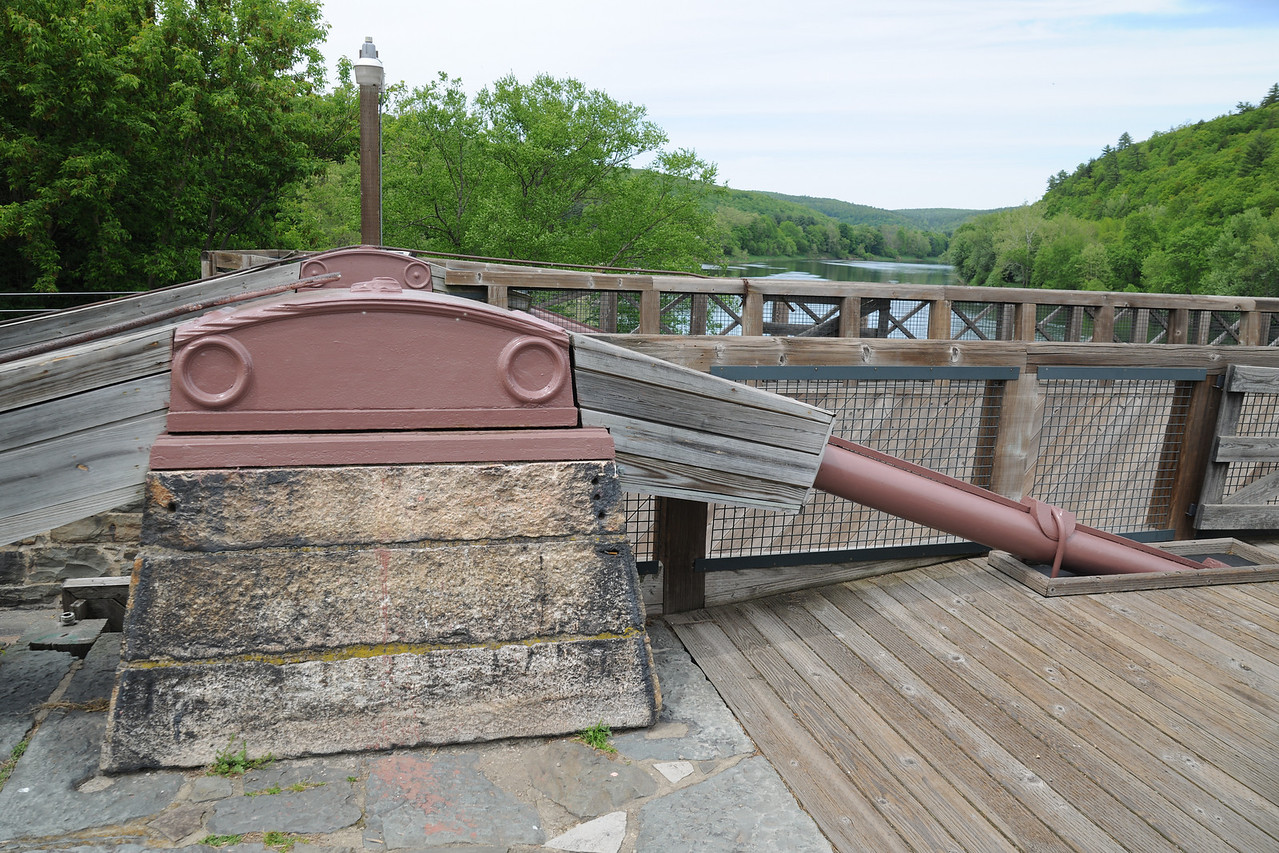 Detail on the Roebling Delaware aqueduct.