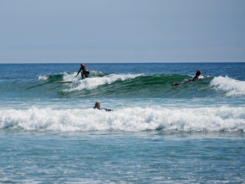 Gentle, long breaking waves make for extended rides