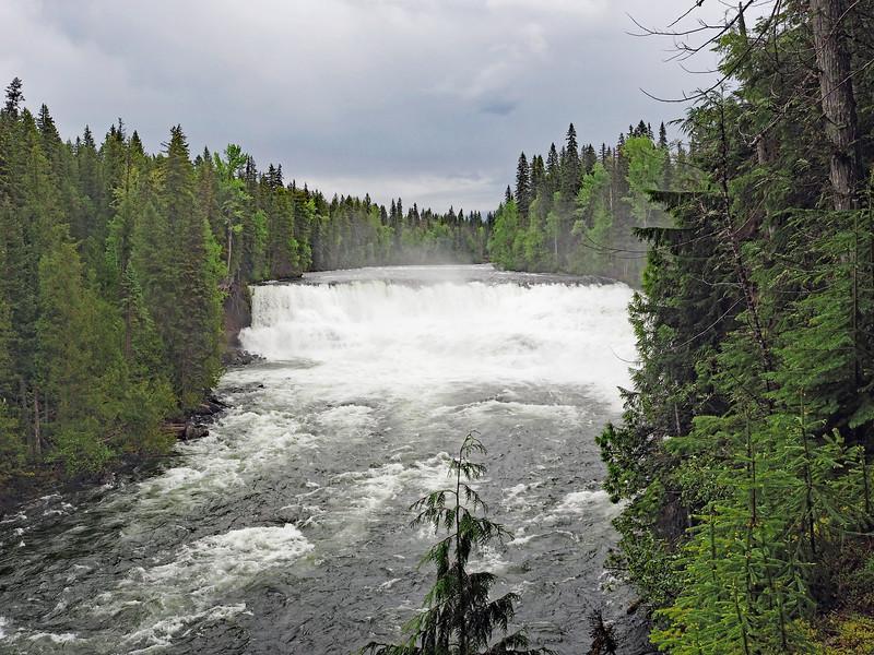 Approach to Dawson Falls
