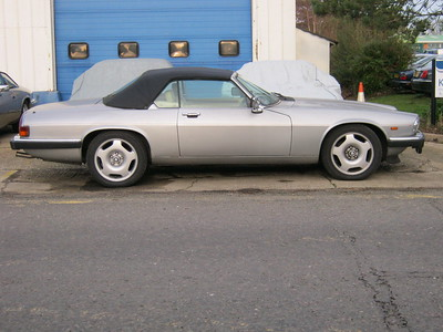 17 inch XJR wheels on an XJS. These allow up to 265 width tyres