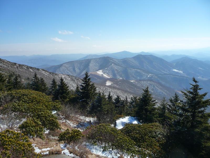 Wintertime view from Grassy Ridge