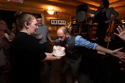 kwhipple_cake_robert_laura_20180915_026