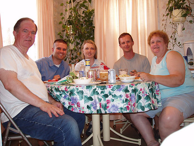 Trip to the parents house, Cleveland, Ohio, 2004