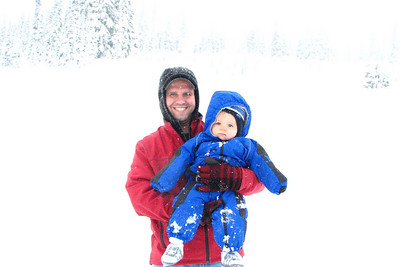 It was snowing pretty good at Mt Rainier