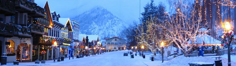 Quick weekend trip to Leavenworth where it got quite icy and cold. There is the annual tree lighting ceremony every weekend in December.