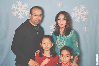 11-30-13 - FIFTH AVENUE EVENTS HALL - Alisha's Winter Onderland Party Photo Booth - Robot Booth