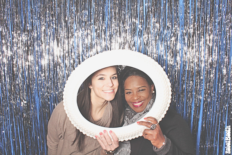 12-3-16 SB Atlanta W Midtown PhotoBooth - nuVizz Holiday Party - RobotBooth20161203_001