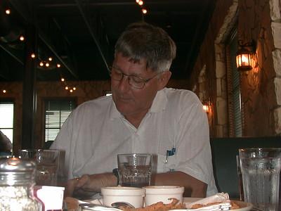 1999-04-10 Ann & Gene at Dinner