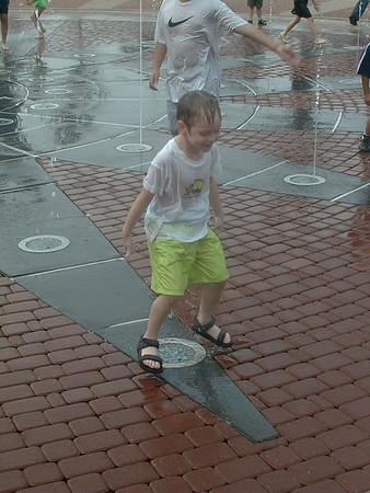 1999-04-24 Getting Wet at Kemah