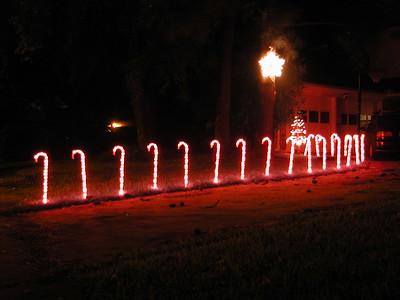 2004-12\12-05 Christmas lights