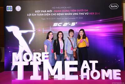 """Roche Vietnam - Hội thảo chuyên đề """"Đột phá mới - Dạng dùng tiêm dưới da"""" Photo Booth @ InterContinental Saigon - Chụp hình lấy liền Sự kiện tại TP. HCM"""