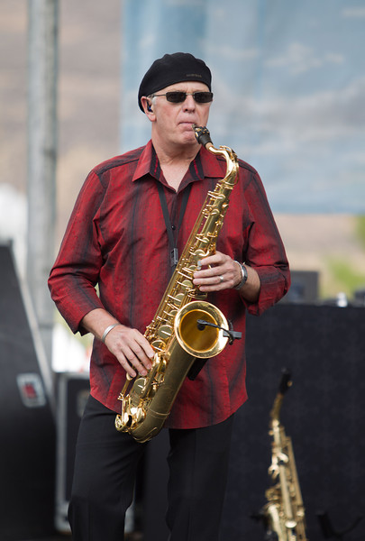 Buddy Leach – saxophone, piano