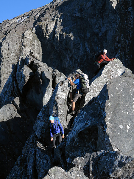 Lea Linke, Julia Eckhof and Johannes Beck near Homer Saddle