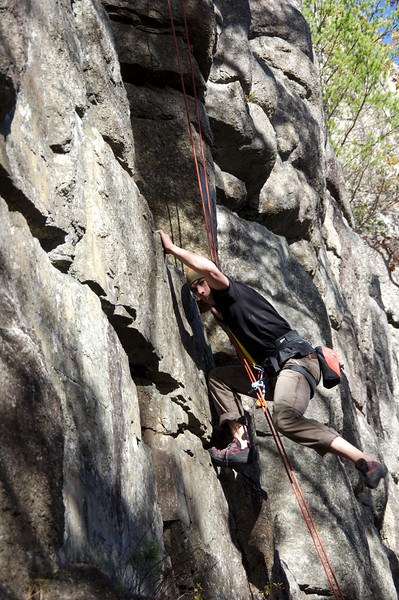 Chris rockin' the TRS (Top Rope Solo)