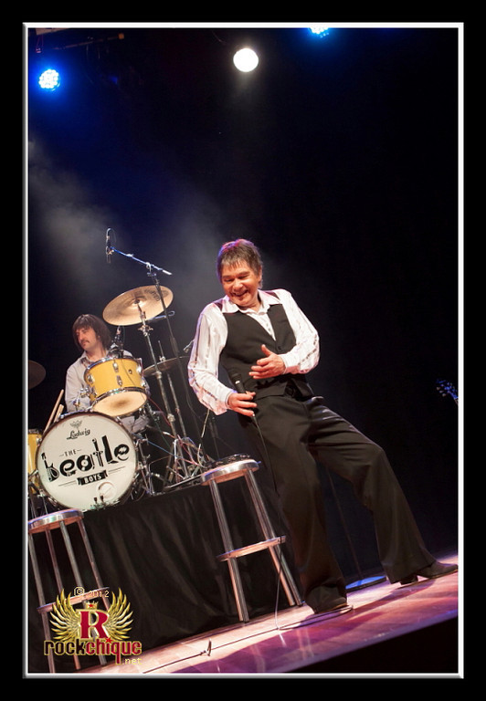 Cliff Joins The Beatles @ The Cube Campbelltown 1 September 2012