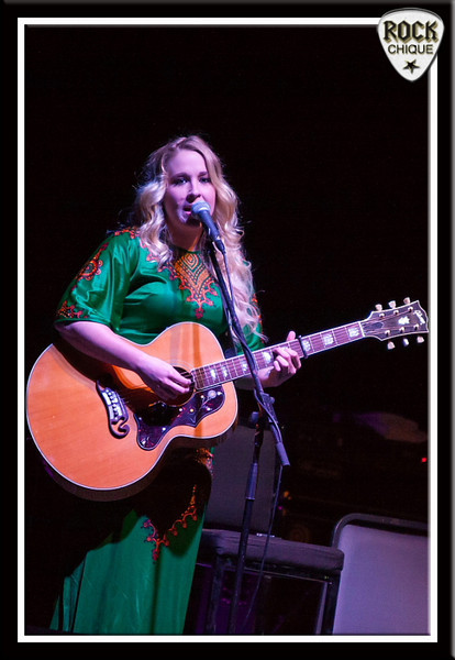 Catherine Britt opens for Don McLean at WIN Wollongong