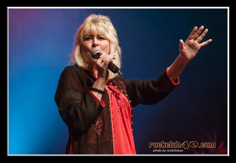 Debbie Newsome, Sounds Live on Stage.