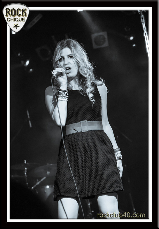 Ashley Allen opening for Taylor Dayne.  <br /> Please comment, like, share and tell your friends!