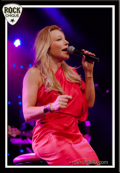 Taylor Dayne wows the audience at The Juniors.  <br /> Please comment, like, share and tell your friends!