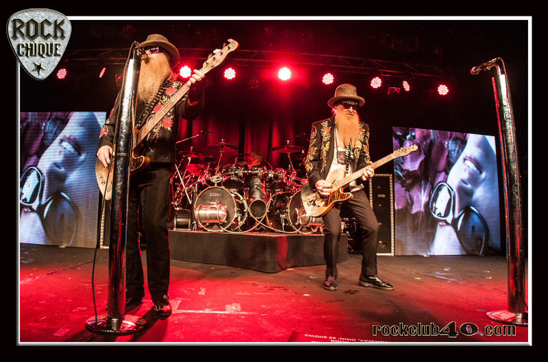 "ZZ TOP rock the Metro!  Hit the ""Like"" and ""Share"" buttons above and tell your friends.  All images are subject to copyright.  Copying without permission is not permitted"